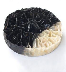 Rundes Wandrelief aus Teebeuteln