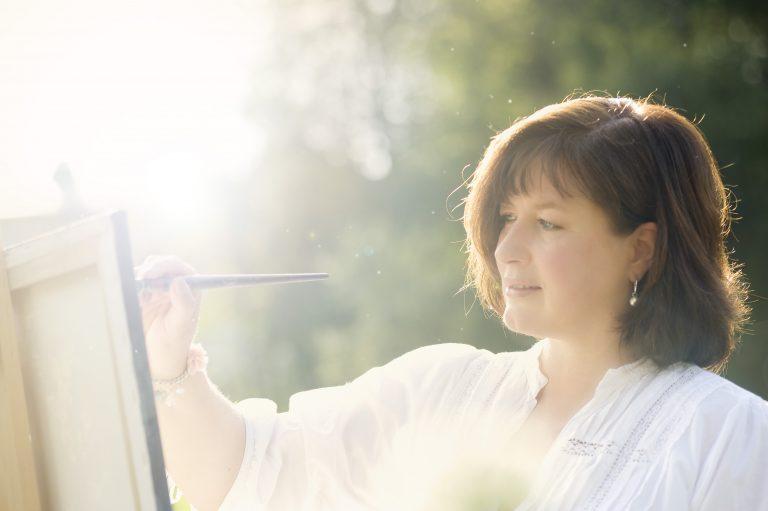 Künstlerin und Autorin Claudia Ackermann